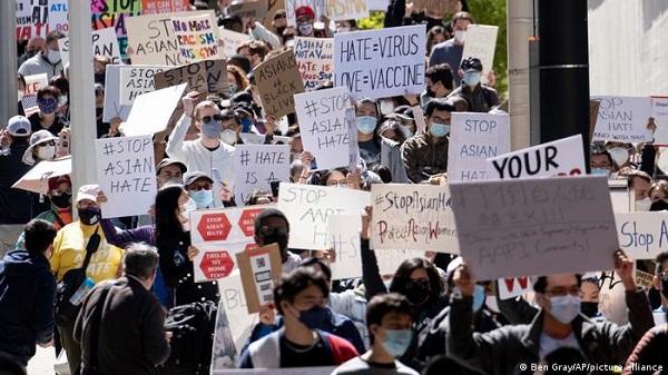 """加拿大多个城市周末举行抗议""""反亚裔种族主义""""大游行"""