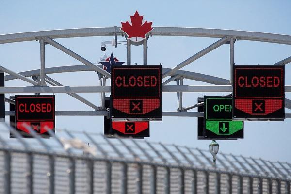 缘何美国人不能去加拿大旅行?